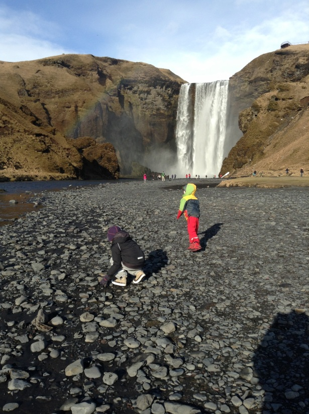 Iceland weather sun waterfall rainbow1
