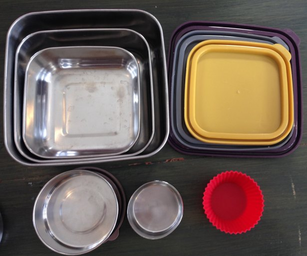 Lunch dishes zero waste Squares nested Rounds