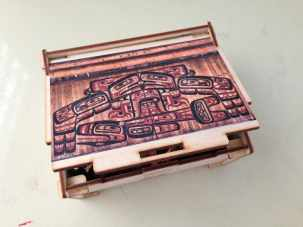 wooden jigsaw puzzle Sibbett Studio box top