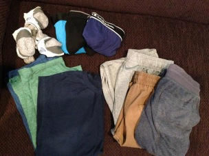 3 complete outfits, size boys' XL & mens' S