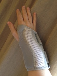 Wrist brace Wellgate grey - 1