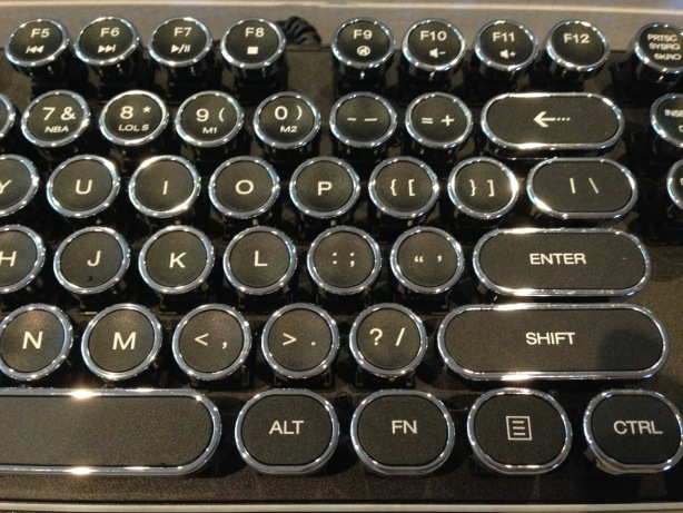 Mechanical typewriter style keyboard