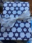 Hanukkah 5 gift game - 1
