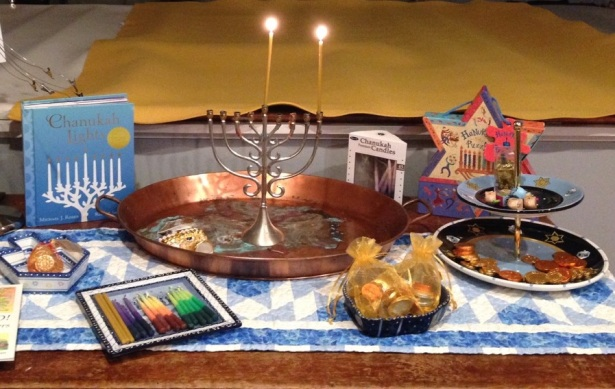 Hanukkah Night 1 table - 1