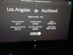 NZ flight stats on monitor - 1