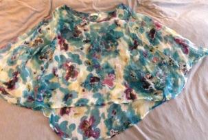 NZ capsule wardrobe floral poncho