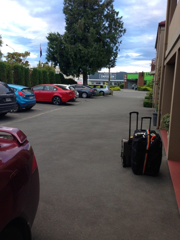 NZ Motel Roma on Riccarton - parking lot