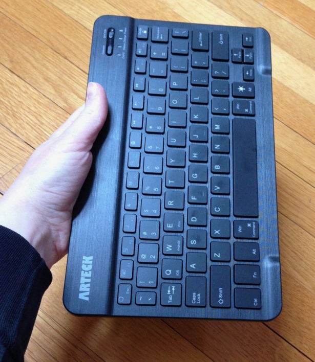 Bluetooth keyboard Logitech Arteck compare - 5