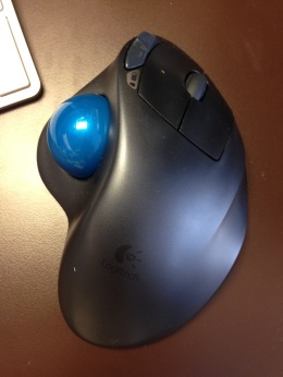 Bluetooth Logitech trackball M570 - 1