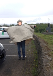 QOR wardrobe Iceland poncho