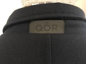 Teen capsule wardrobe QOR jacket detail neck - 1