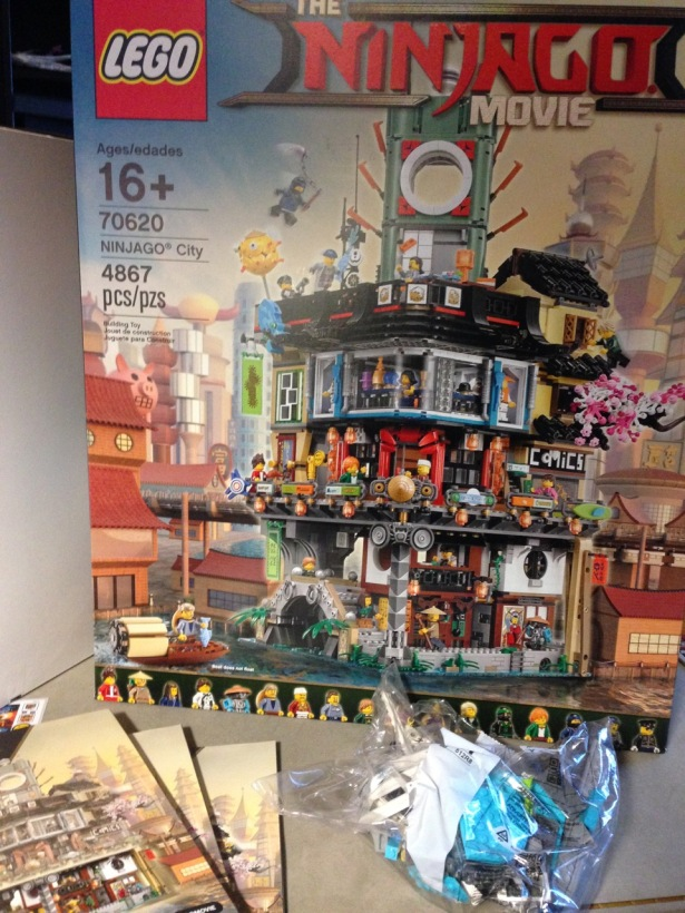 Lego Ninjago City set 70620 Hanukkah box build