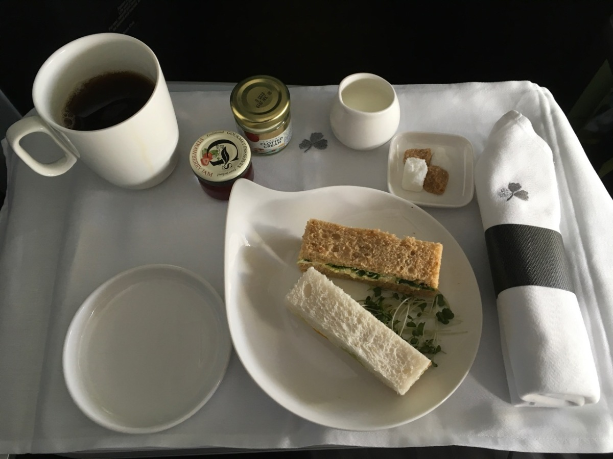 Aer Lingus 2nd meal (tea) served in Business Class