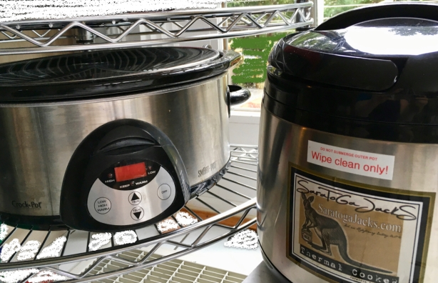 Size comparison of thermal cooker with commonly available 6 qt Crock Pot slow cooker