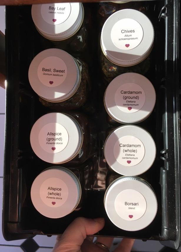 Self printed Avery waterproof label on SpiceLuxe jar lid