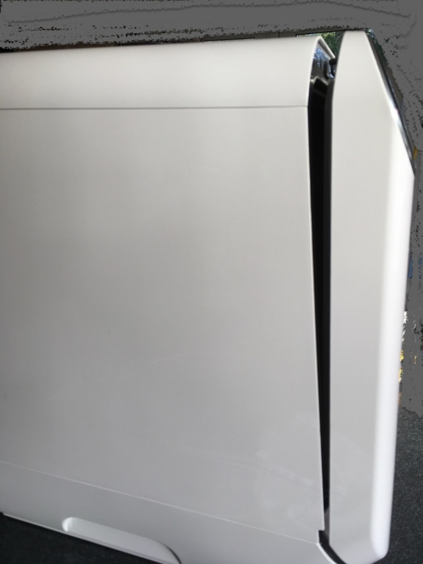 Appliance door slightly ajar due to automatic opening to improve drying