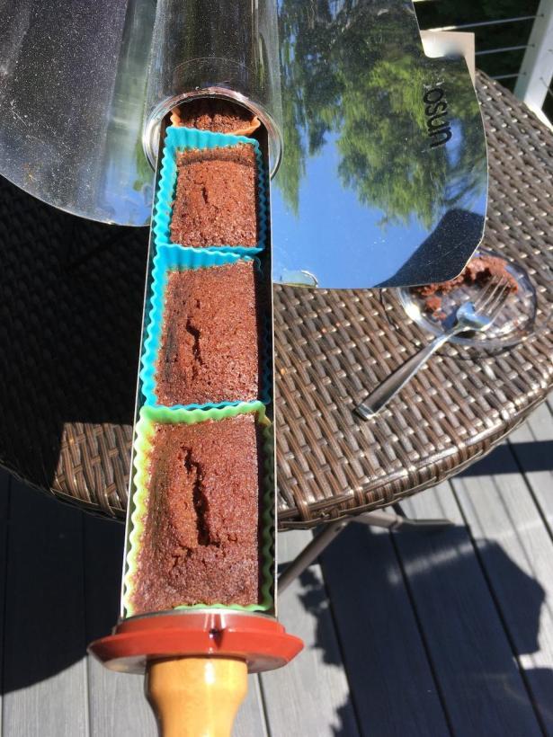 GoSun Sport chocolate cake baking in sun - 1